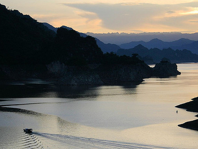 Sunset At ThungNai, Hoa Binh