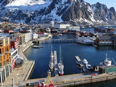 Svolvaer  2 C  Lofoten  2 C  Norway