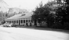 Swiftcurrent Auto Camp Historic District - Glacier - USA