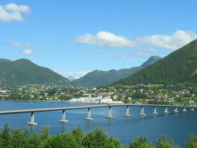 Sykkylvsbrua  Norway