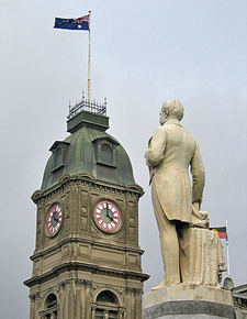 Thomas Moore Statue And The Ballarat Town Hall