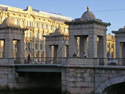 Lomonosov Bridge Pavilions