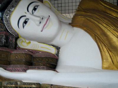 Shwethalyaung Buddha Bago