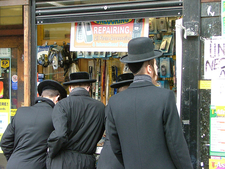 Hasidic Jews Shopping In Stamford Hill