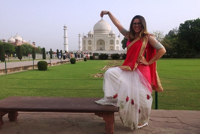 Sunrise Taj Mahal Tour From Delhi Photos