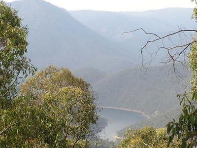 Talbingo Dam In April 2005