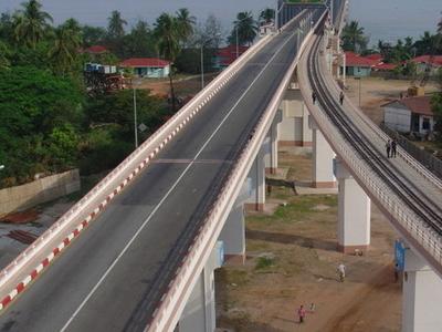 Thanlwin Mawlamyaing Bridge