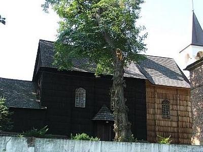 The-Catholic-church-of-St.-John-the-Baptist-Siennow
