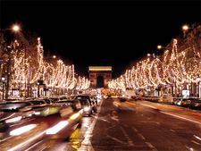 Champs-Élysées At Night