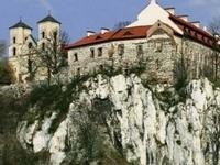 Os Mosteiros de Bielany, Mogiła e Tyniec