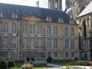 Palacio de Tau