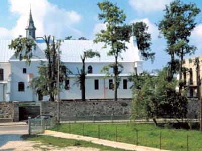 The-parish-church-in-Rutki-Kossaki