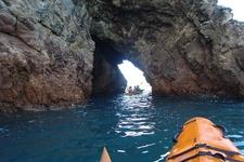 Through Sea Tunnels @ Te Whanganui-A-Hei Marine Reserve NZ