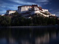 Holy Lhasa City Spiritual Tour