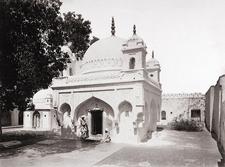 Tomb Of Zar Zari Zar Baksh