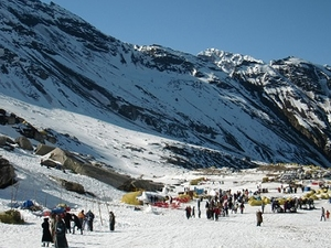 Manali Winter Package 5 Days Photos
