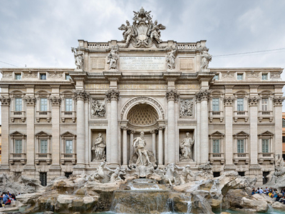 Palazzo Poli With Trevi Fountain