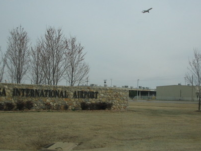 Tulsa  International  Airport Entrance
