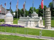 Turm Von Pisa At Minimundus Klagenfurt