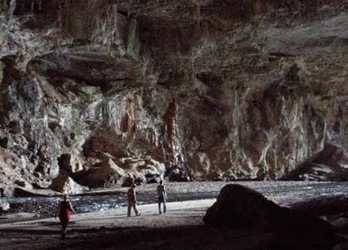 Inside The Terra Ronca Cave