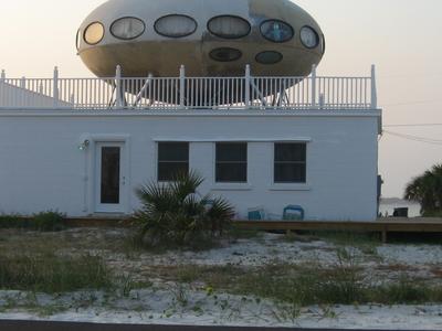 U F O  House Pensacola