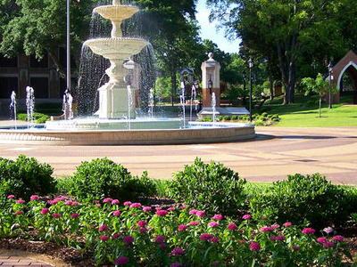 U N A  Harrison Plaza