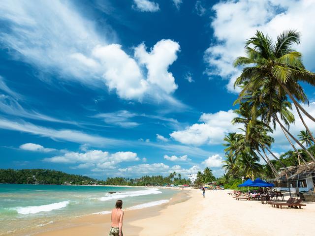 Sri Lanka Beaches, Nightlife and Waves 7 Days Photos