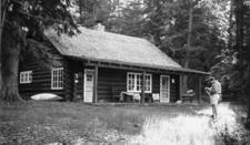 Upper Lake McDonald Ranger Station Historic District - Glacier - USA