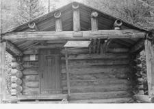 Upper Nyack Snowshoe Cabin - Glacier - USA