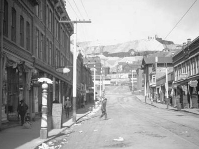 Victor C. 1905. The Portland Mine No. 2 Sits Atop The Hill.