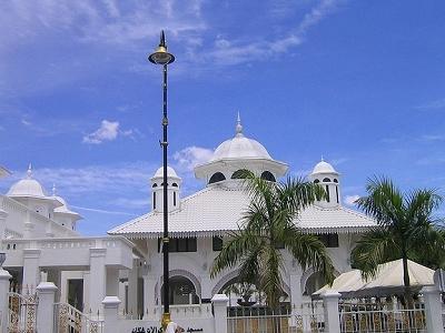 View Mosque In Kuala Terengganu