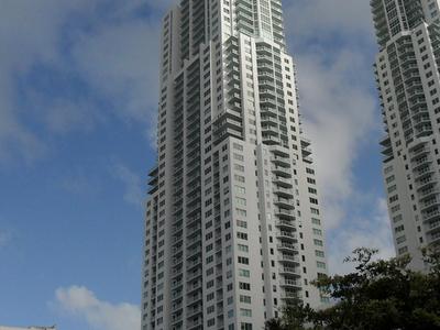 Vizcayne North Tower