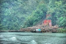 Waiting Boats - Cruise Up Shennong Stream