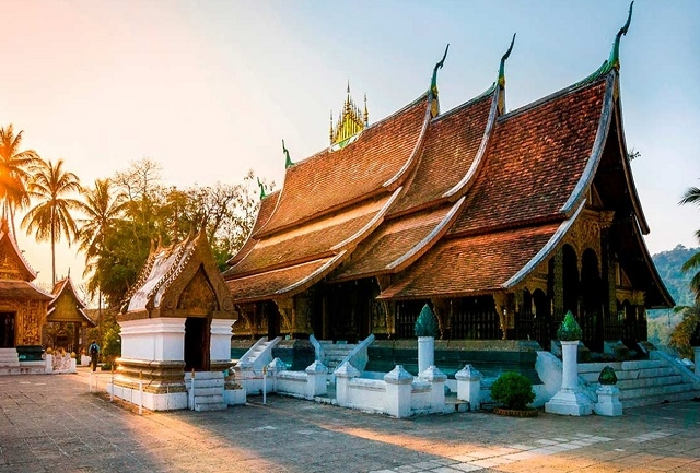 18 DAYS UNCOVERED UNESCO INDOCHINA TOUR Photos