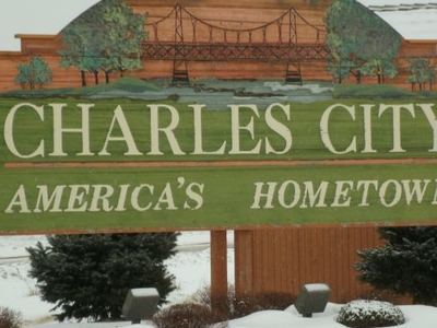 Welcome  Sign  Charles  City  2 C  Iowa