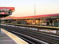 West Farms Square East Tremont Avenue Station