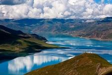 Yamdrok Lake - Shannan TAR