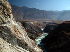 Yangzi River By Peter Morgan