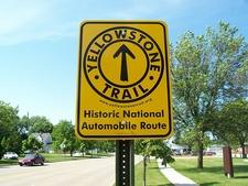 Yellowstone Trail Near Gardiner - Yellowstone - USA