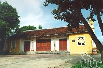 Yen Giang Communal House