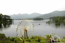 Yen Trung Lake