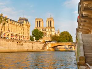Dinner Cruise On the Seine River - Live Jazz Photos