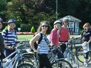 Hampton Court Palace to Windsor Bike Tour +/- afternoon tea picnic (PRIVATE) Photos
