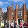 Hampton Court Palace by bike + visit palace