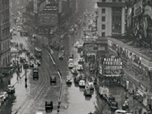 Iconic / Historical Walking Tour (2 Hours) Photos