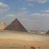 Private Tour visit Giza Pyramids and Sphinx