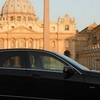 Private transfer from Fiumicino airport to Rome city center - only Mercedes