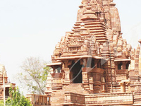 Temples Tour of Khajuraho with local guide and Private Transfer