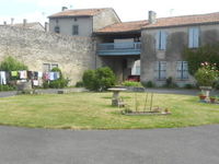 Friendly family in Charente
