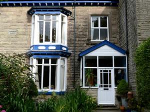 Spacious friendly house in Buxton